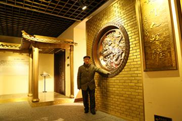 神雕銅藝第五代傳承人程朱昌