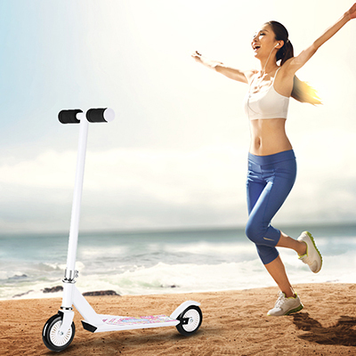 折叠滑板车